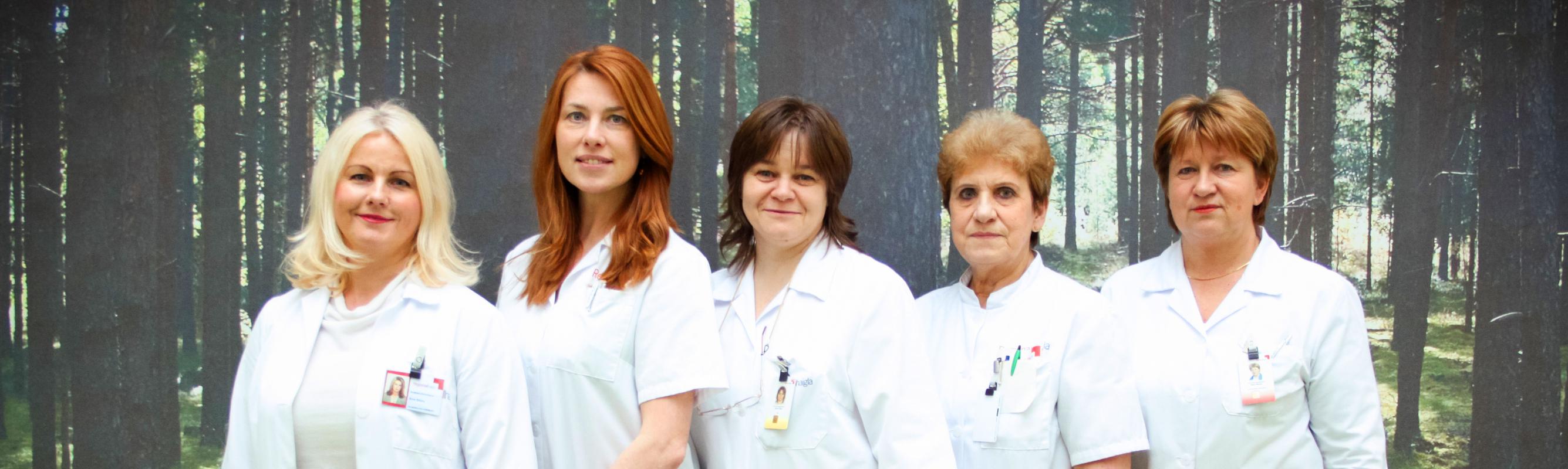 Pulmonoloogiapolikliiniku töökas naispere