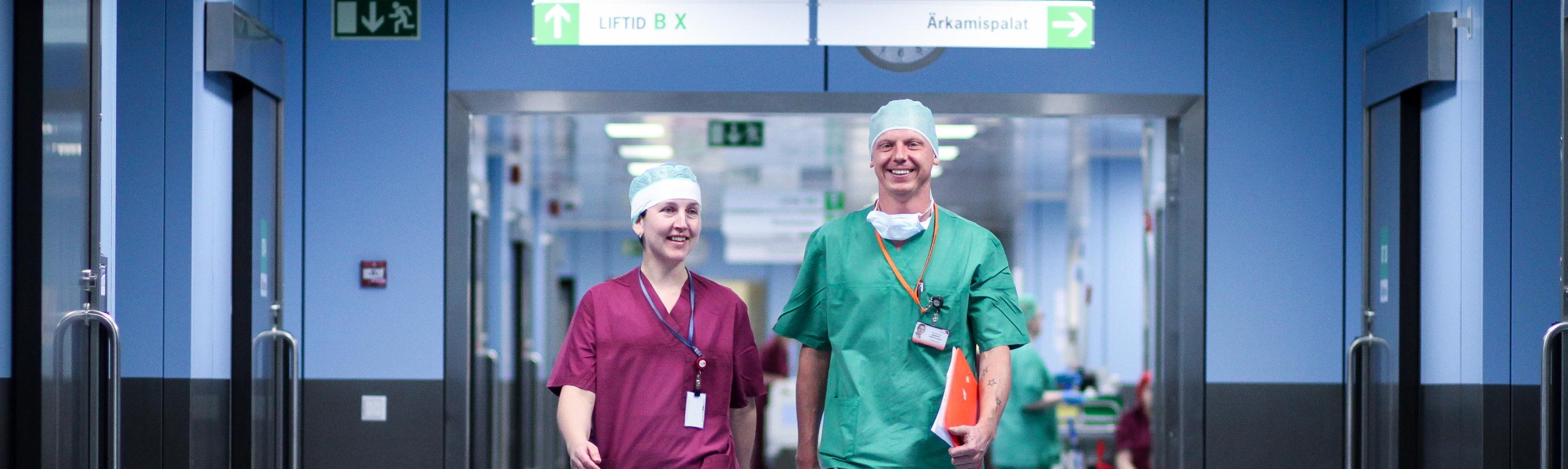 Operatsioonikeskuse õendusjuht Kai Slet ja anestesioloog dr Markko Pärtelpoeg