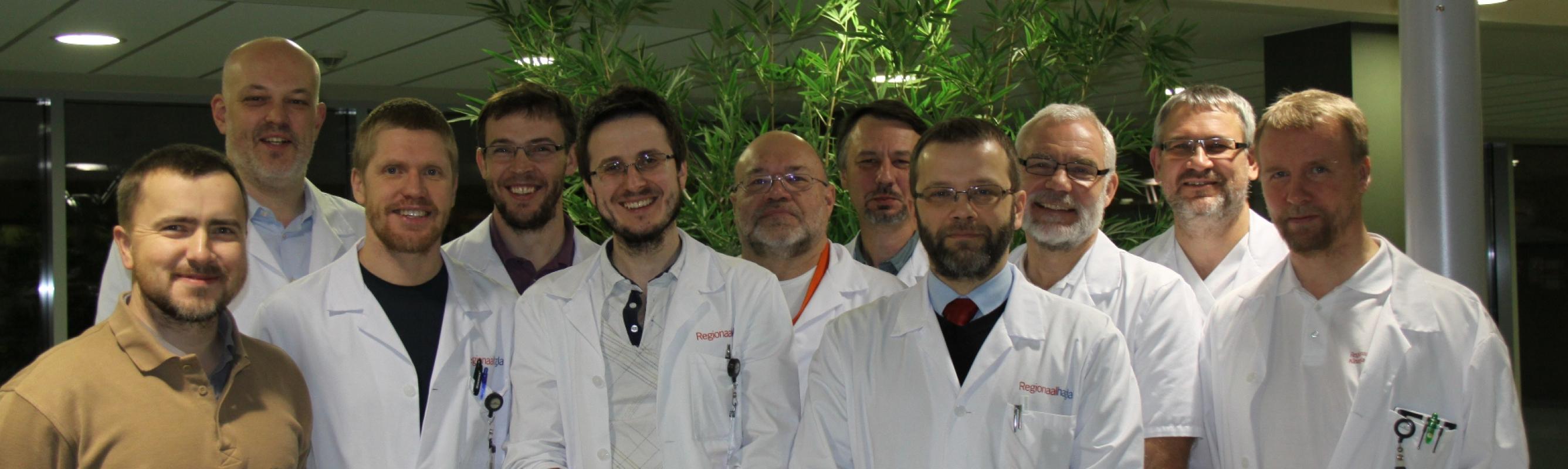 Regionaalhaigla Decembeard 2012 osalejad. Decembeard (detsembrihabe) on Inglismaalt meile jõudnud traditsioon, millega pööratakse tähelepanu soolevähile kui olulisele probleemile
