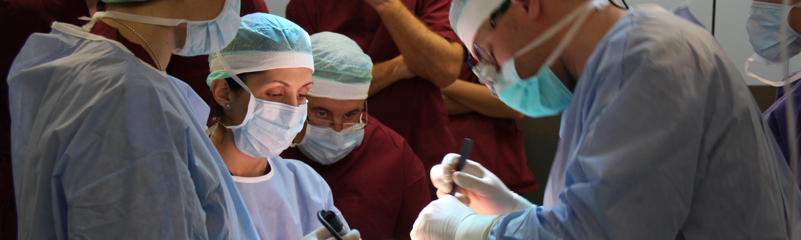 Dr Heleia Nestal Zibo operatsioonil