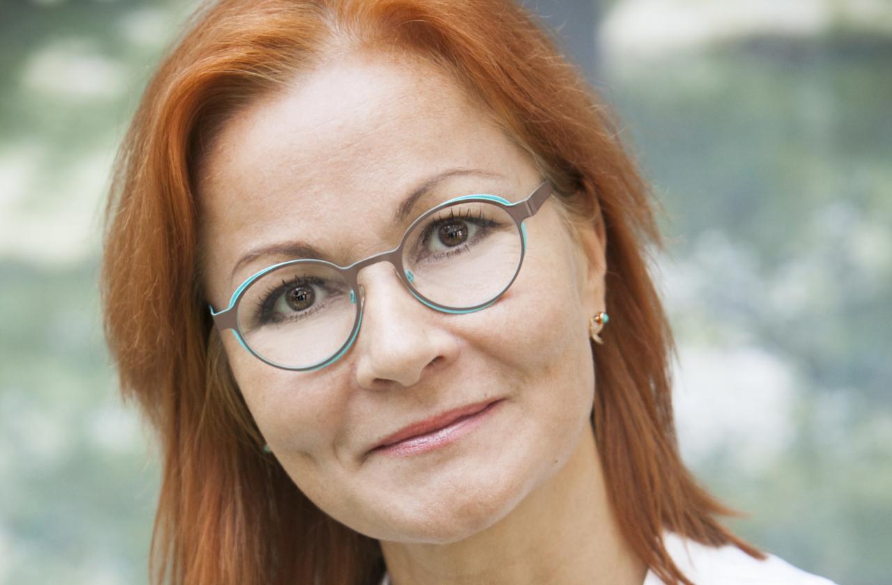 Dr Anneli Elme