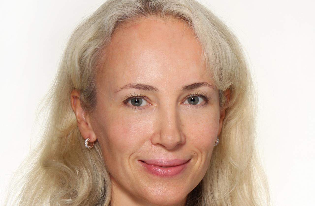 Dr Olesja Vellend