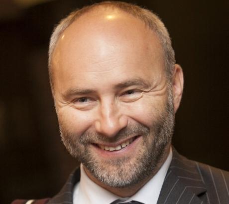 Dr Lauri Maisvee