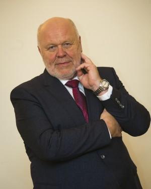 Dr Viktor Sergejev (2016)