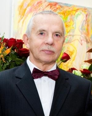 Dr Eldur Annus (2011)